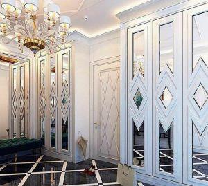 Двери с делителем наклейкой Королёв