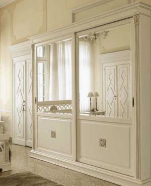 Шкаф купе с филенкой и декоративной накладкой эмаль Королёв