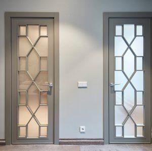 Двери с филенкой Королёв